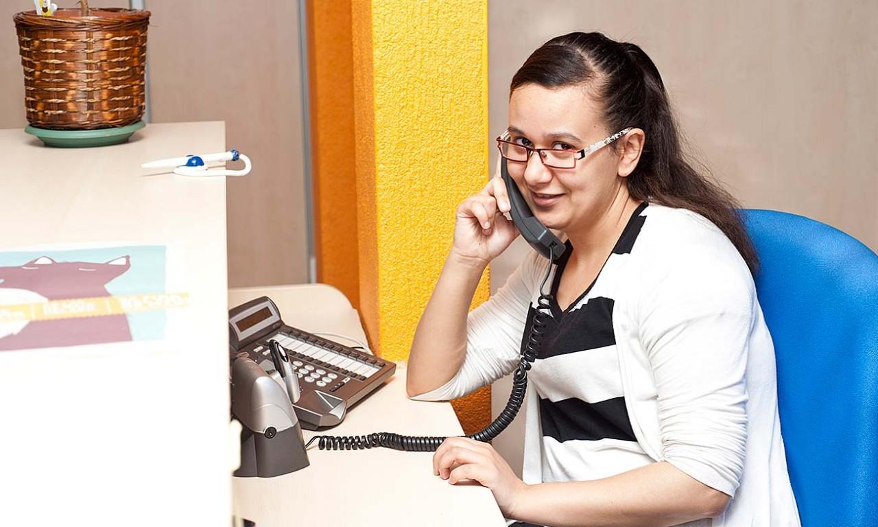 ADGI11DCP Telefonista i recepcionista d'oficina