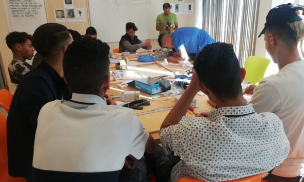 Formació de mentoria social entre iguals, clau del Projecte Oraculi