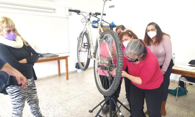 Nova promoció d'informadors i informadores comunitàries a Ripollet